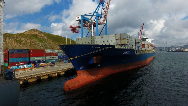 Второй сервис Maersk на ВМТП