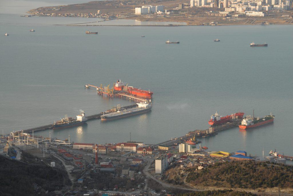 Зарубежной компании одобрена покупка крупнейшего морского порта Краснодарского края и Российской Федерации