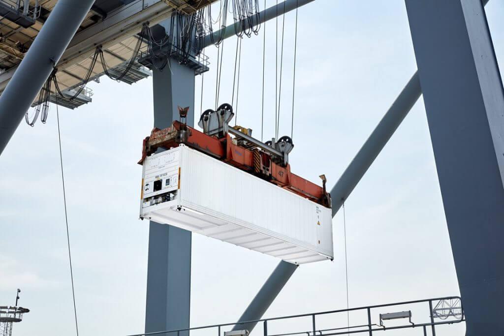 Maersk больше не будет строить сухие контейнеры